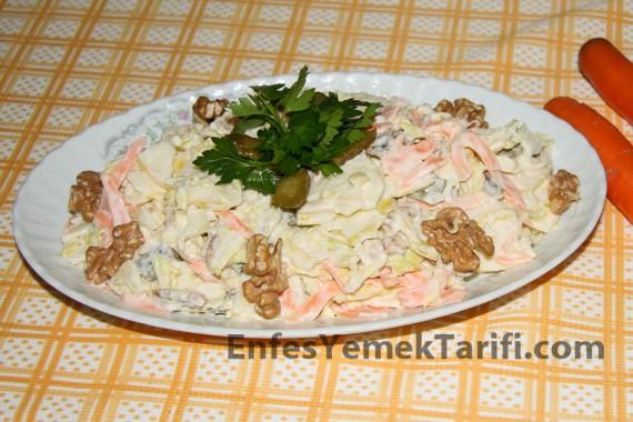 Elma Salatası