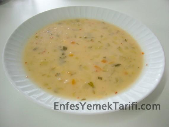 Meyaneli Sebze Çorbası